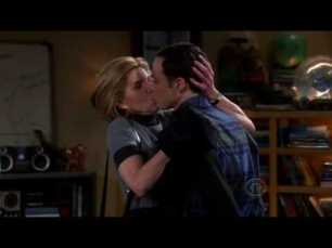 Leonard's mom kissing Sheldon